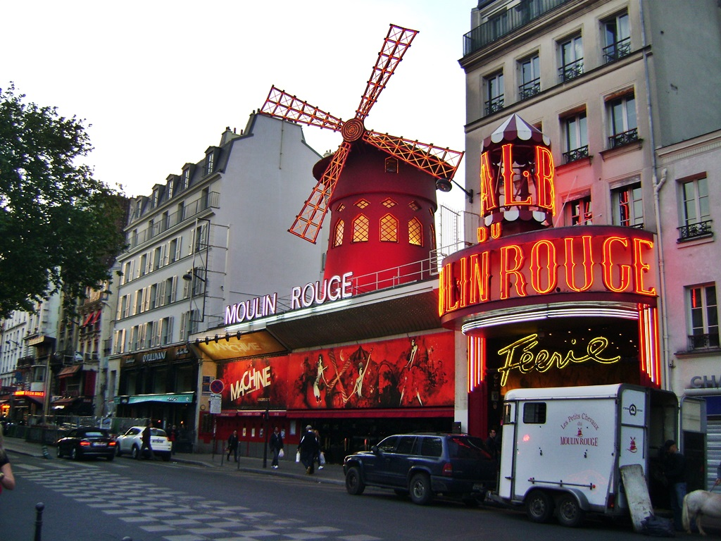 Moulin Rouge| © TravellingBuzz Photo