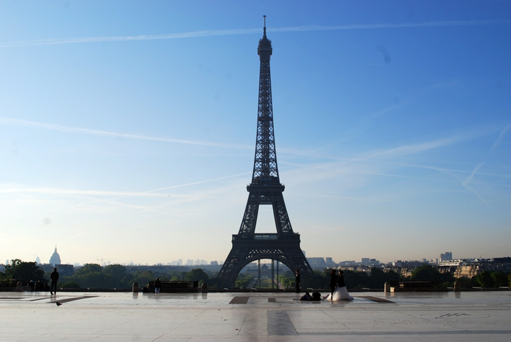 The Eiffel Tower   © TravellingBuzz Photo