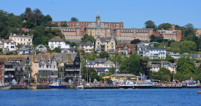 http://www.dreamstime.com/royalty-free-stock-photos-dartmouth-devon-town-river-dart-image42434328