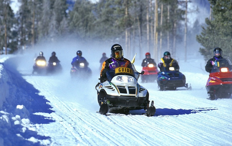 snowmobiles-iceland