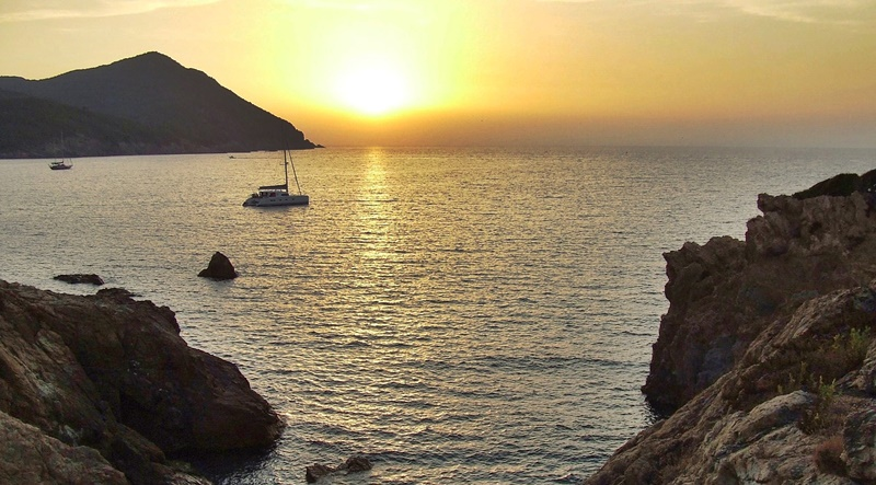 Sunset-in-corsica