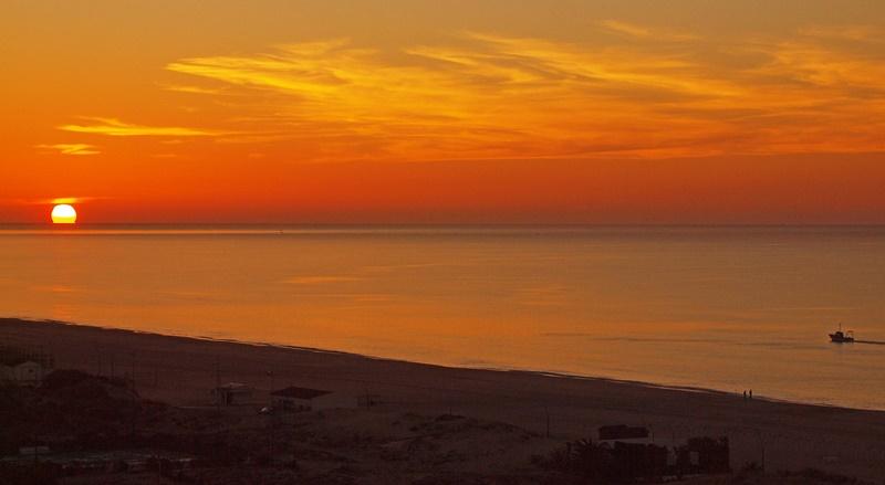 sunset-1094111_1280