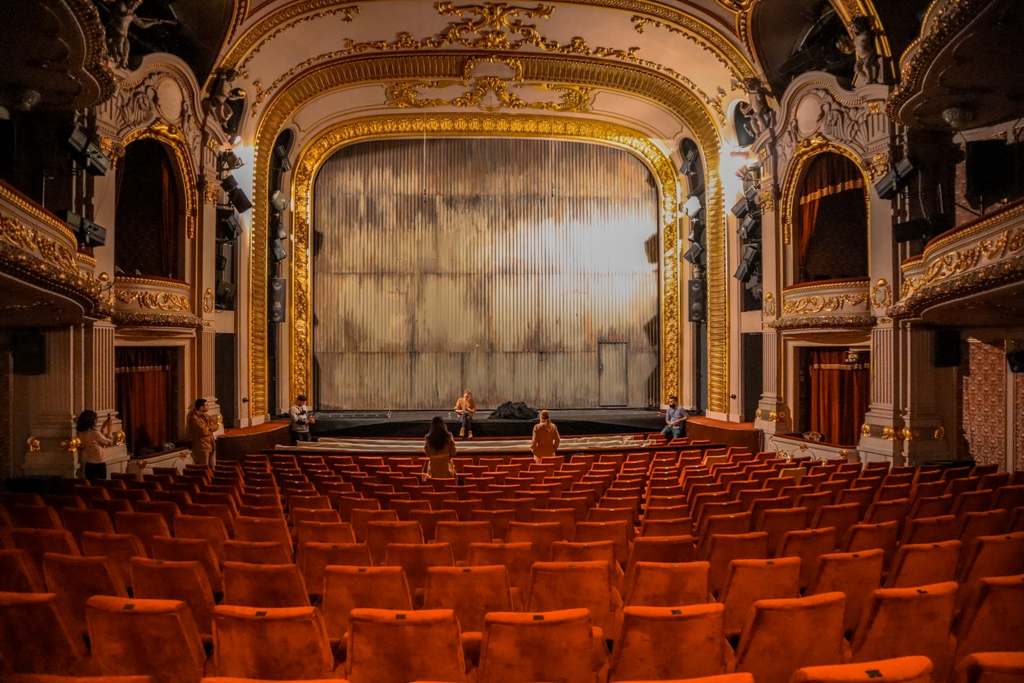 Bulgarian National Theater behind the scenes tour
